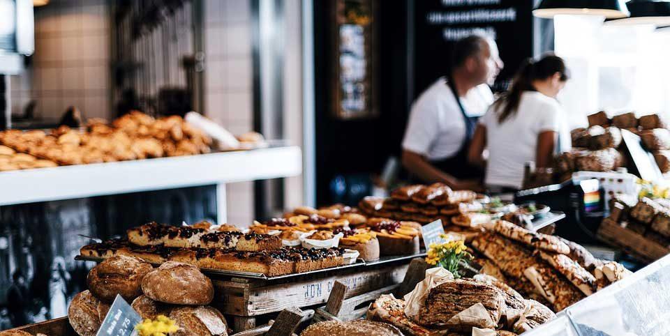 Auslage einer Bäckerei
