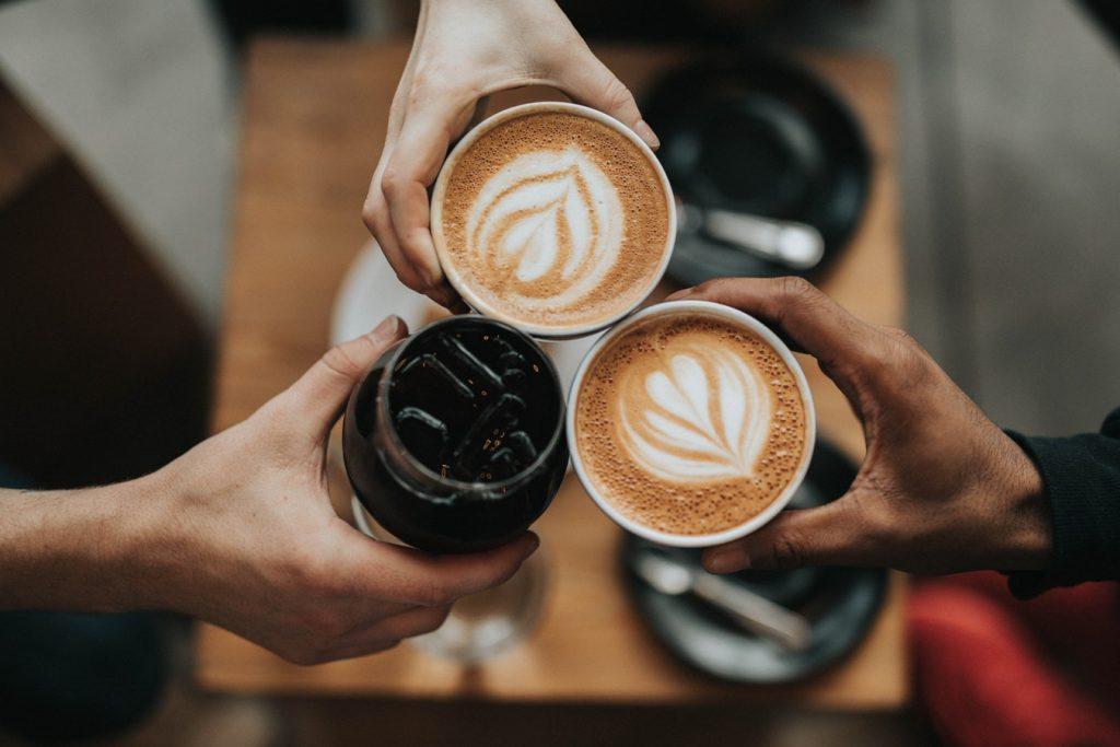 Getränkeangebot im Café