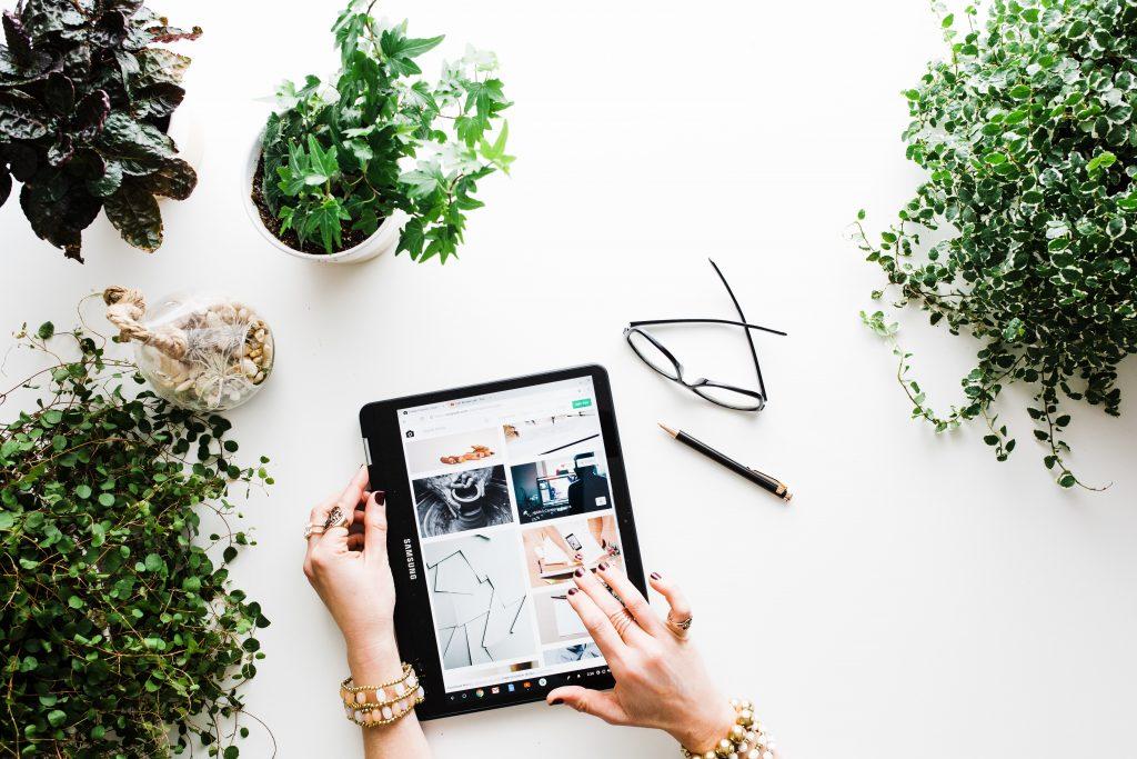 Online Shopping via Tablet
